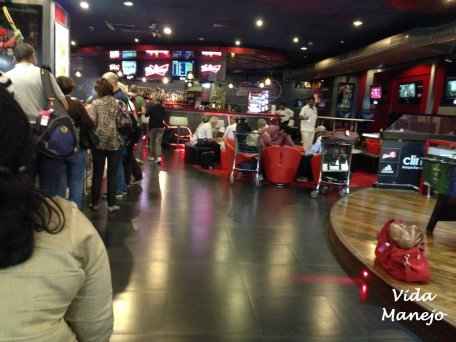 Passengers waiting / eating at New Delhi International Airport