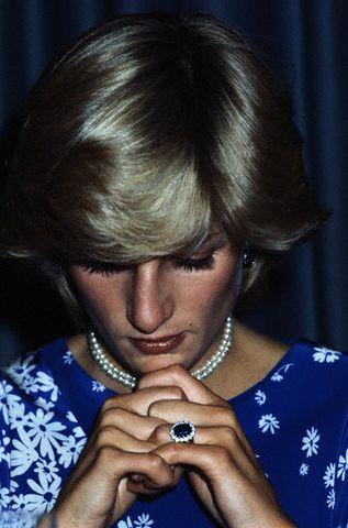 Vida Manejo, Princess Diana, Blue Sapphire, Engagement Ring