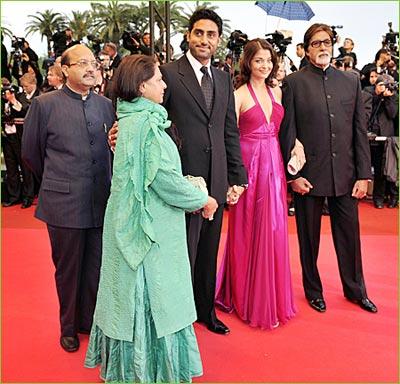 Amitabh Bachchan, Aishawarya Rai, Abhishek Bachchan, Sapphire, Blue Sapphire, Amar Singh